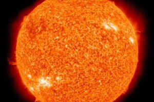 Die Sonne mit ihrer Corona